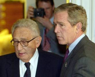 Bush et Kissinger