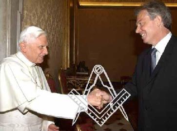 poignee de main maçonnique pape ratzinger blair